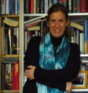 Dr. Claudia Mattner ist diplomierte Lebens- und Sozialberaterin, Business-, Verkaufs- und wingwave-Coach sowie Neuromentaltrainerin.